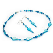 Handmade Blue Beaded Jewelry Set — Stock Photo