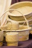 Lepki ryż pojemnik i wikliny rękodzieła. — Zdjęcie stockowe