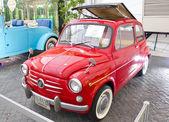 Fiat 600d 600cc na displeji — Stock fotografie