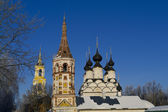 Wintry Saint Antipas and Summary Saint Lazarus Churches in Suzda — Stock Photo