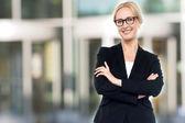 Ejecutivo mujer envejecida media seguro — Foto de Stock