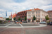 VILNIUS, LITHUANIA, AUGUST 10: Beautiful houses in the street in old town of Vilnius, Lithuania August 2013 — Stock Photo
