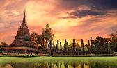 Mão de estátua de buda fechar detalhe sukhothai, tailândia — Foto Stock