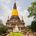 Ancient buddha statue Sukhothai Historical Park, Sukhothai Province, Thailand — Stock Photo #27203251