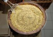 Peas on the market — Stock Photo