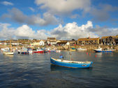 Boats in Porthleven Harbour — Stock Photo