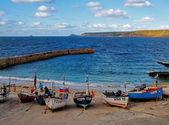 Barcos en cornwall sennen cove — Foto de Stock