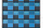 Windows moderní kancelářské budovy — Stock fotografie