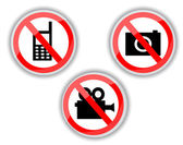 Prohibiting signs with telephone, video and photo camera — Stock Vector
