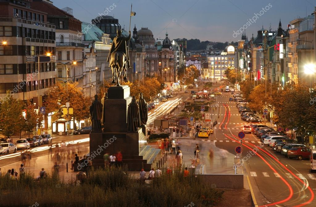 Night view of Wenceslas Square, Prague, Czech republic — Stock Photo #13211773