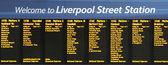поезд табло, ливерпуль-стрит — Стоковое фото
