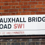 London Street Sign - Vauxhall Bridge — Stock Photo #13822029