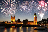 Fireworks over Palace of Westminster — Stock Photo