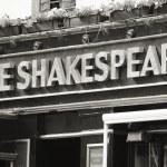 English pub sign — Stock Photo #15872271