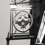 English pub sign — Stock Photo #15873953