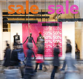 Sale signs in shop window — ストック写真