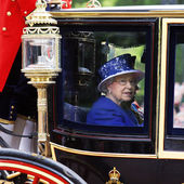 Queen Elizabeth II on the Royal Coach — Stock Photo