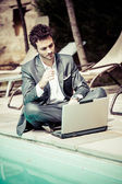 Young business man with phone — Stock Photo