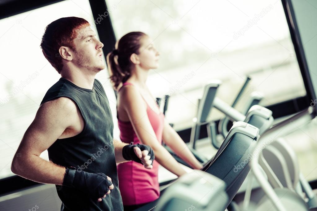 strong handsome doing push ups in a as bodybuilding exe stock photo 169 lentolo81 13357255