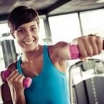 spor salonu ve fitness Club - grup kadın koşu bandı üzerinde çalışan ve — Stok fotoğraf #13535865