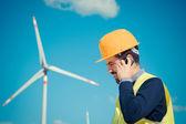 Technician Engineer in Wind Turbine Power Generator Station — Stockfoto