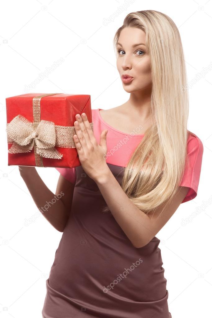 Три блондинки и подарок 86