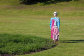 Two scarecrows stand together — Stock Photo