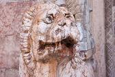 Italia, estatua del León de Rávena — Foto de Stock