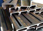 Tubi metallici — Foto Stock