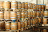 Manufacture and production of barrels — Stockfoto