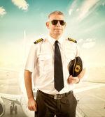 Airline pilot — Stock Photo