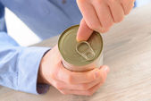 Opening can — Stock Photo