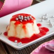 Panna cotta — Stock Photo #40311805