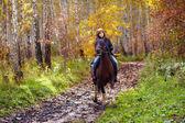 Frau reiten — Stockfoto