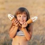 Girl eats ice cream — Stock Photo #38942559