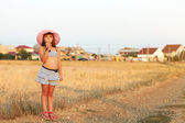 Girl on a village — Stockfoto