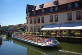 Sightseeing boat fly to Strasbourg — Stock Photo