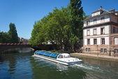 Bateau mouche à Strasbourg — Stock Photo