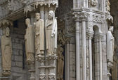 L'ingresso della cattedrale di chartres — Foto Stock
