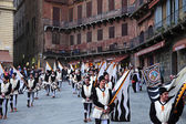 Musicians parade in Siena — Stock Photo