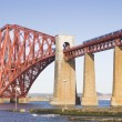 Forth Rail Bridge in Edinburgh, Scotland — Stock fotografie