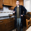 Man who takes the home chores — Stock Photo