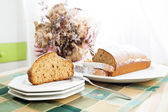 Slices of cake with cinnamon and honey — Stock Photo