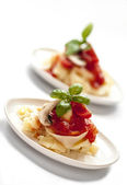 Italian pasta with tomato sauce and mushrooms — Stock Photo