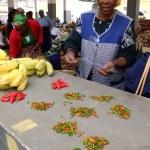 ������, ������: Bananas and chilis to sell