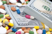 Money and drugs — Stock Photo