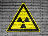 Segno di radiazioni nucleari disegnata — Foto Stock