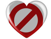 Forbidden sign painted on painted on glossy heart icon — Stock Photo
