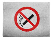 No smoking sign drawn at painted on carton box — Stock Photo