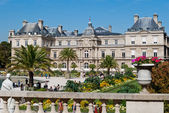 Luxembourg Palace and gardens, Paris — Stock Photo